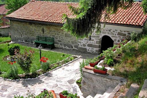 Μοναδική εκκλησία του 17ου αιώνα στο Dobarsko | Lucky Bansko SPA & Relax
