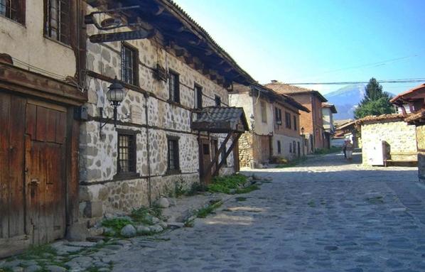 Διαδρομές για τα βασικά αξιοθέατα μέσα και γύρω από το Μπάνσκο