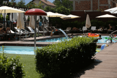Το καλοκαίρι πισίνα Leonardo