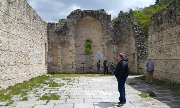 Ποια μέρη γύρω από το Μπάνσκο προτείνονται συχνότερα από τουρίστες και γιατί;