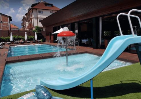 Το υδάτινο συγκρότημα Lucky Bansko - πραγματική διασκέδαση στο νερό για μικρούς και μεγάλους