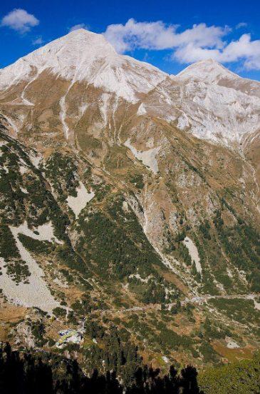 Θρύλοι για την κορυφή του Βίρεν